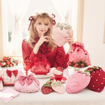 Strawberry party🍓🍰💗