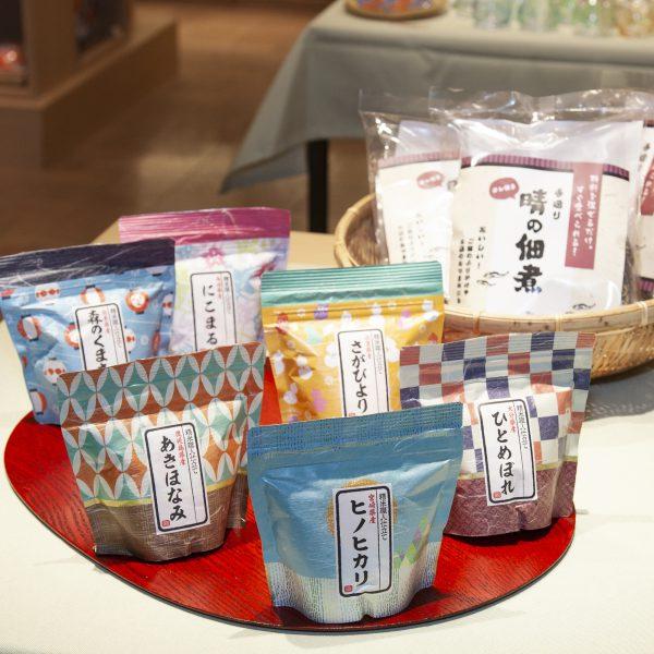 晴の佃煮・950円/和柄ギフト米・324円