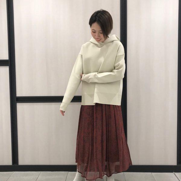 春の新作アイテム☆ニットフーディー