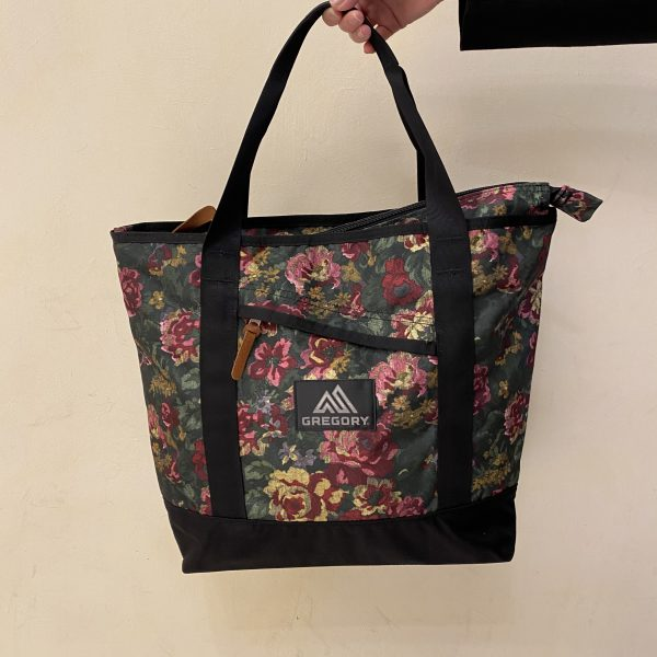 MIGHTY TOTE