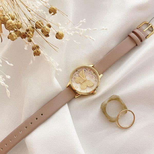 パステル調の時計🦋OLIVIA BURTON
